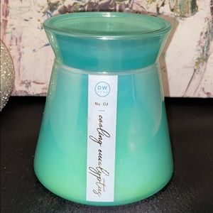 DW Home No.3 Cooling Eucalyptus Scented Candle